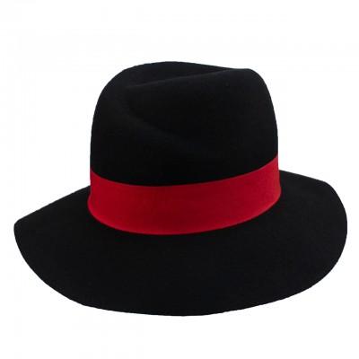 Федора черно-красная