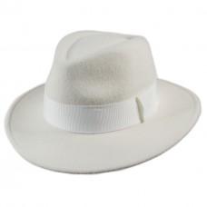 Шляпа федора с прямыми полями белая