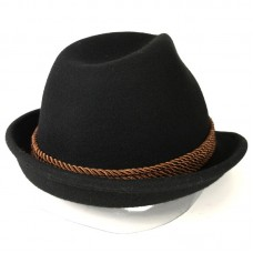 Черная шляпа с пером в баварском стиле Alpine hat