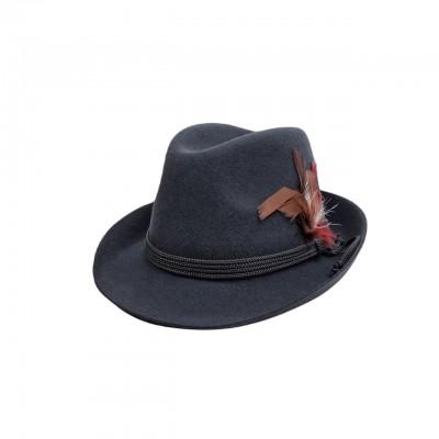 Серая шляпа с пером в баварском стиле