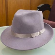 Женская фетровая шляпка федора нежно-розовая
